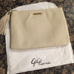 NWT Gigi New York all in one bag oyster emb python